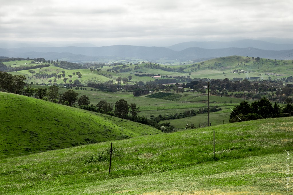 australia travel tips: Beautiful views from Sugarloaf Reservoir Lookout